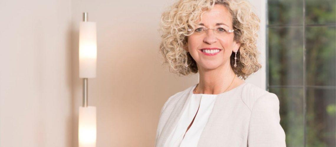 Diane Rostron Legal 500